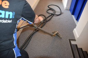 Commercial office carpet cleaning service hire swindon
