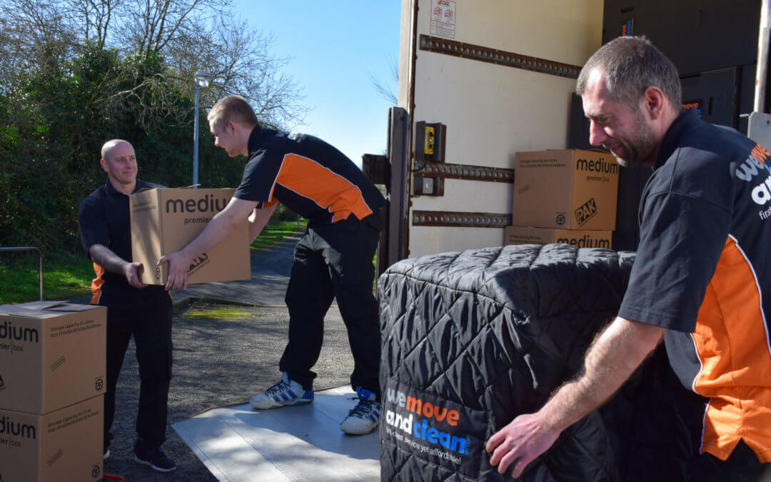 How to prepare for a House Move with Removal Companies Swindon