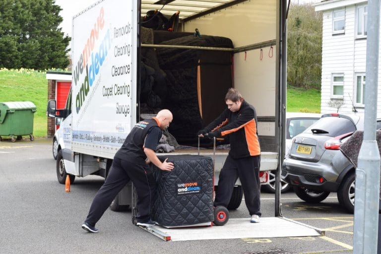 removals Swindon (20)