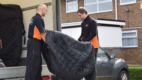 removals Swindon (23)-min