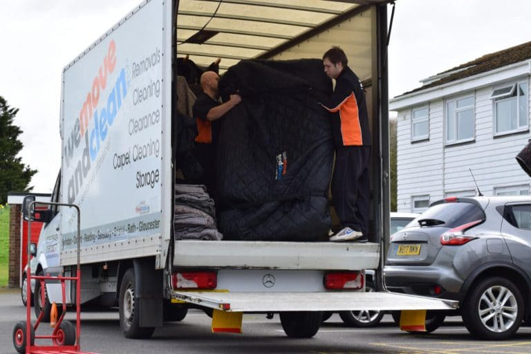 removals Swindon (25)