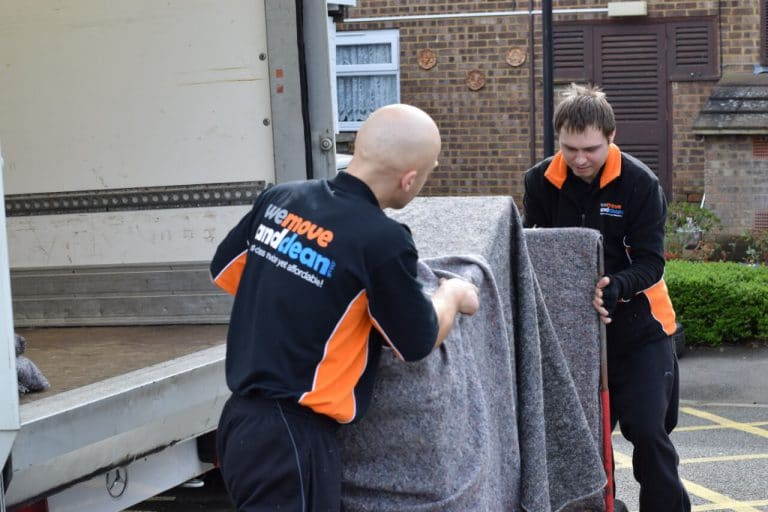 removals Swindon (37)