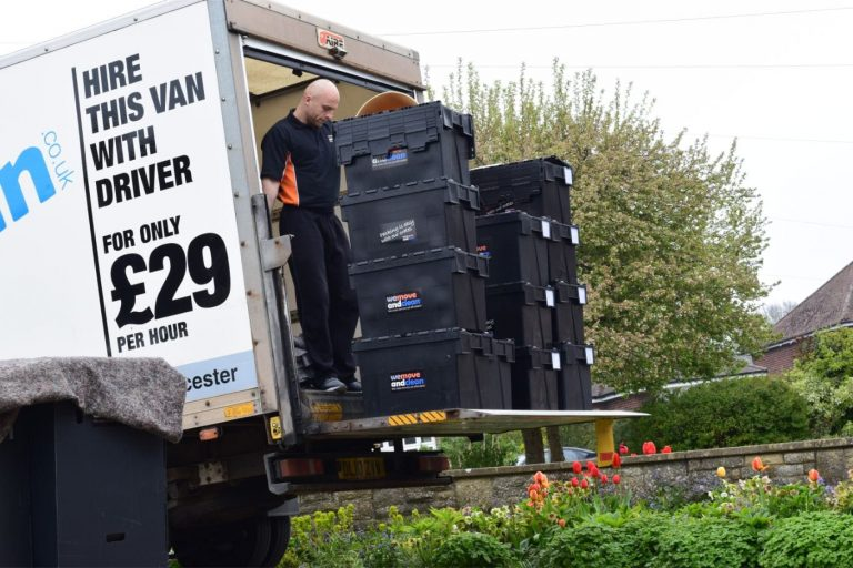 removals Swindon (40)-min