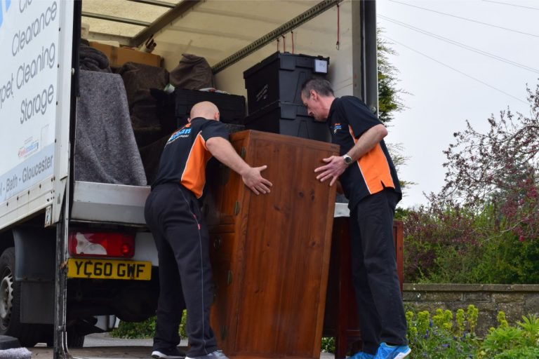 removals Swindon (46)-min